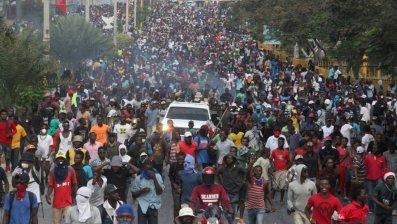 f46_haiti_protestas