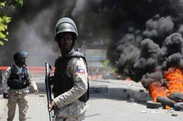 policia-haiti-1