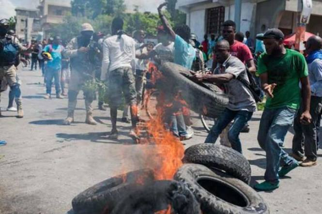 haitiprotestascombustible